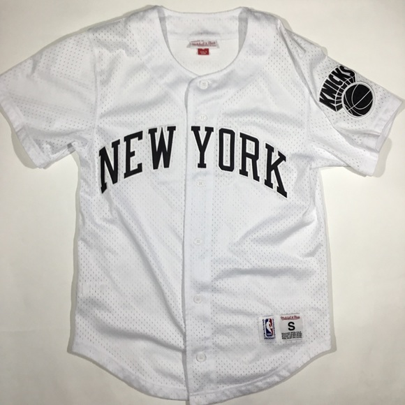 official photos 21f04 b4eab Mitchell and ness New York knicks baseball jersey